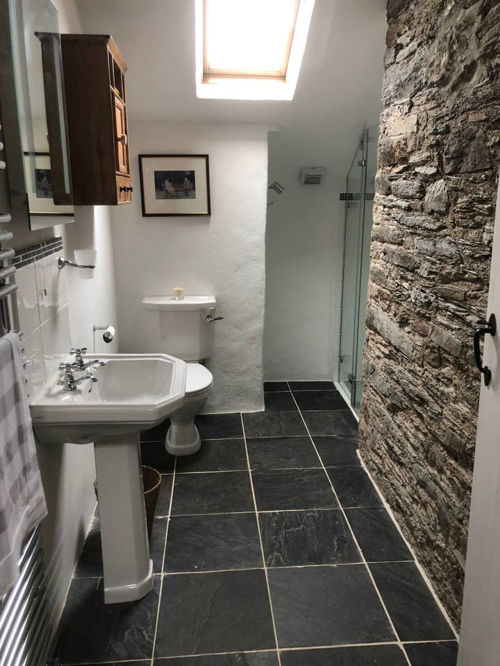 Cider Press Bathroom